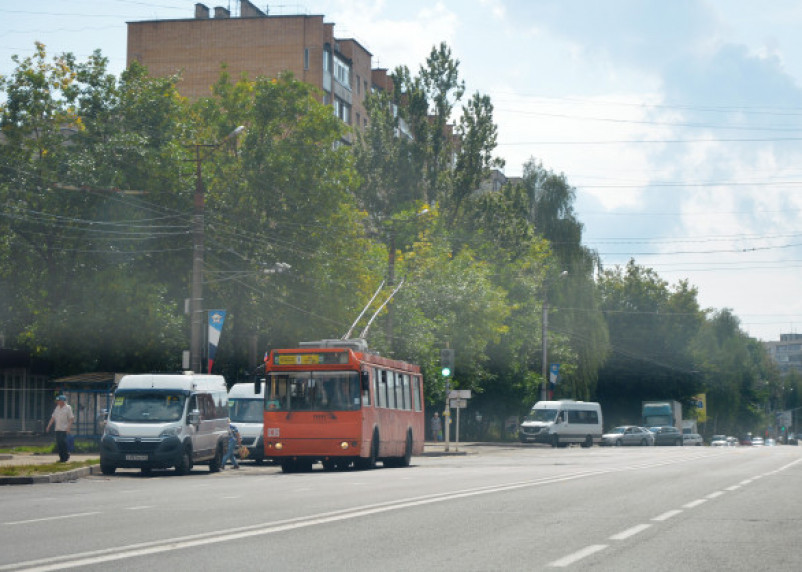 В Смоленске схема движения троллейбусов изменена до октября