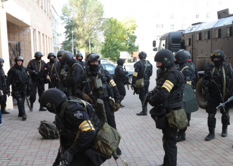 Силовики прокомментировали слухи о стрельбе и оцеплении в смоленских вузах и колледжах