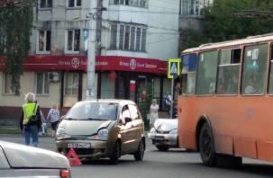 В Смоленске ДТП на трёх дорогах спровоцировало пробку