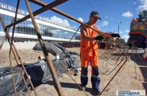 В Смоленске началось масштабное благоустройство возле ЦУМа