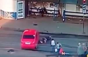 Появилось видео момента аварии на площади Желябова в Смоленске