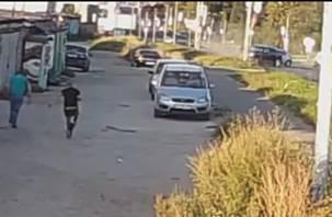 Появилось видео момента массовой аварии на проспекте Строителей в Смоленске