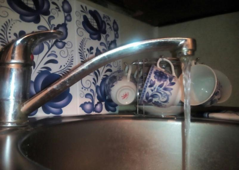 Завтра в Смоленске ТЦ и несколько домов останутся без холодной воды