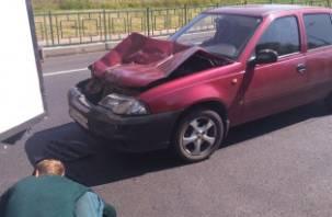В Рославльском районе иномарка влетела под грузовик