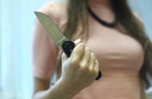 На отдыхе смолянка «под градусом» ударила ножом своего возлюбленного