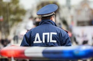 В Гагаринском районе водитель внедорожника устроил тройной замес. Пострадала женщина