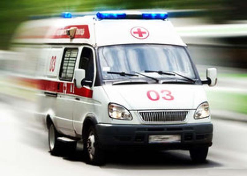 Очевидцы: Легковушка влетела в маршрутный автобус. Пострадали пять человек