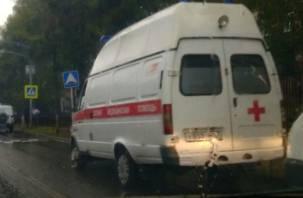 В Смоленске на окружной в ДТП с УАЗом пострадал водитель Шкоды