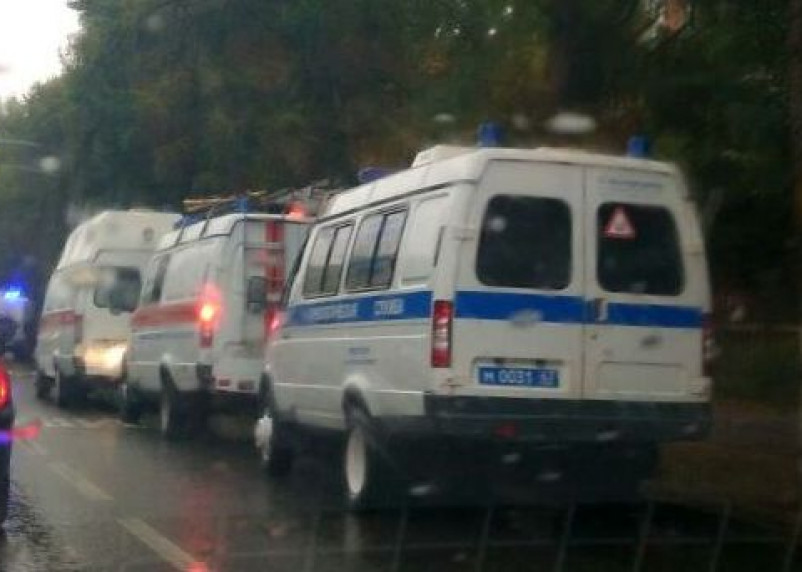 В Смоленске на остановке лежит труп мужчины