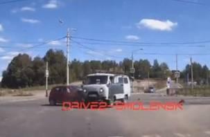Момент жёсткого ДТП на проспекте Гагарина в Смоленске попал на видео