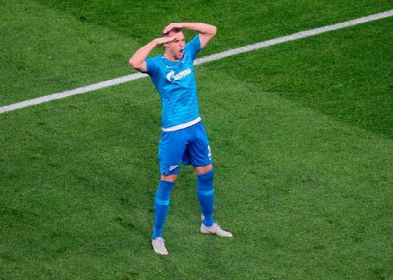 Седьмой гол Дзюбы. «Зенит» выиграл пятый матч подряд в чемпионате России