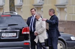Старейший вице-губернатор Смоленской области ушел в отставку