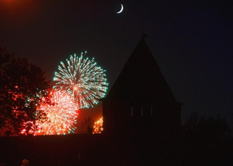 Фейерверки в Смоленской области в Новый год: где можно запустить