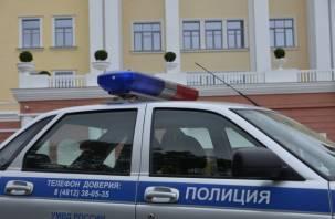 Весеннее обострение. Мужчина с оружием устроил переполох в смоленском банке
