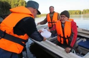 Спасатели выехали в рейды по смоленским озёрам