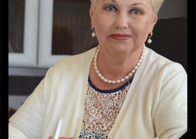 В Смоленске в воскресенье простятся с директором КВЦ им. Тенишевой Людмилой Жук
