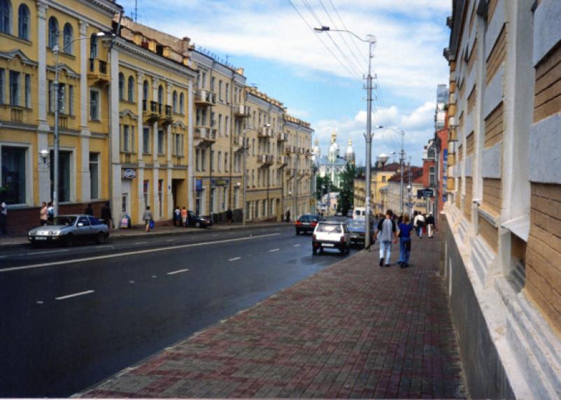 В Смоленске на неделю перекрыли Большую Советскую