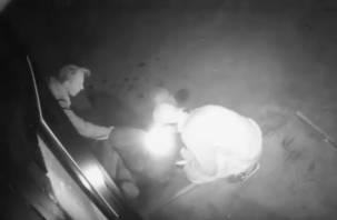 «Могли пострадать люди». В Смоленске разыскивают поджигателей кафе в центре города