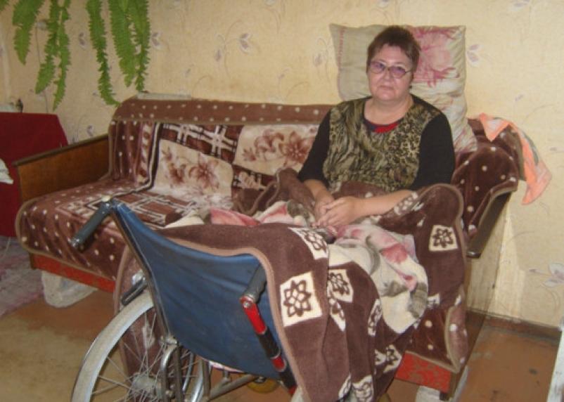 В Смоленске суд урезал компенсацию обездвиженной женщине-инвалиду
