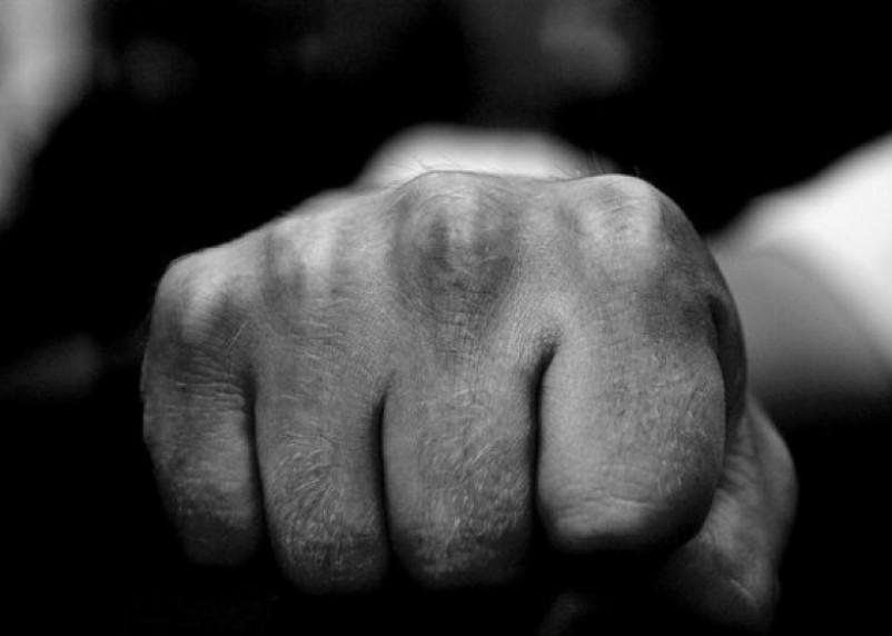В Смоленске сын угрожал убийством своей матери