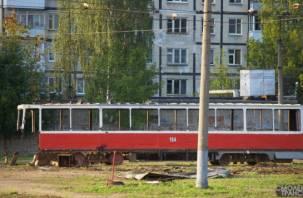 В Смоленске «расчленили» трамвай