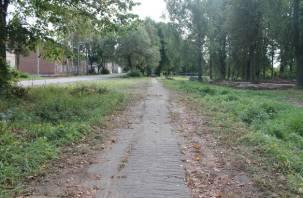 В Смоленской области посетителей городского парка лишили туалета