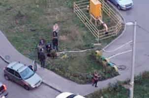 В Смоленске на Королевке управляющая компания оставила без воды тысячи жильцов