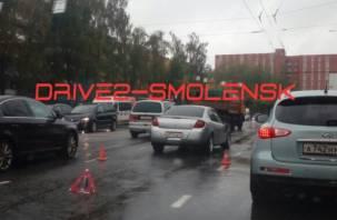 В Смоленске разыскивают «призрачного гонщика» на мусоровозе. Он скрылся с места ДТП
