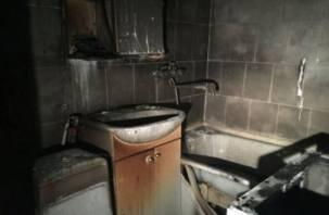 «Пожар начался в ванной». Смолянин с отравлением доставлен в больницу
