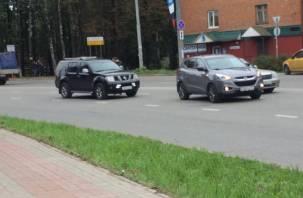 В Смоленске на Кирова ДТП спровоцировало пробку