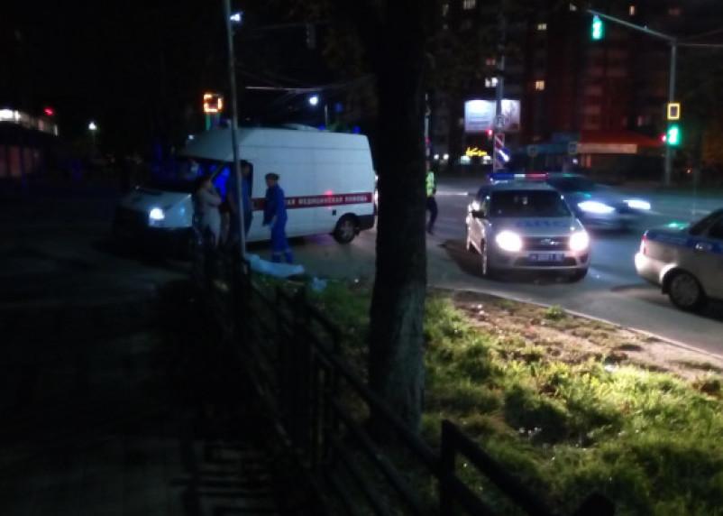 В Смоленске сбили насмерть женщину. Водитель скрылся с места ДТП