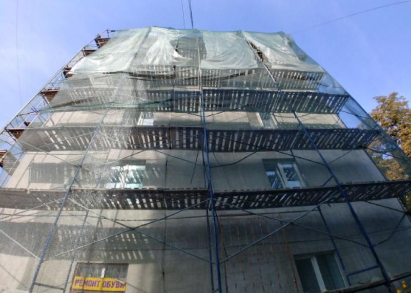 Подрядчик обманул смолян на капремонте дома почти на миллион рублей