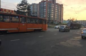 В Смоленске закрыли движение трамваев по улице 25 Сентября