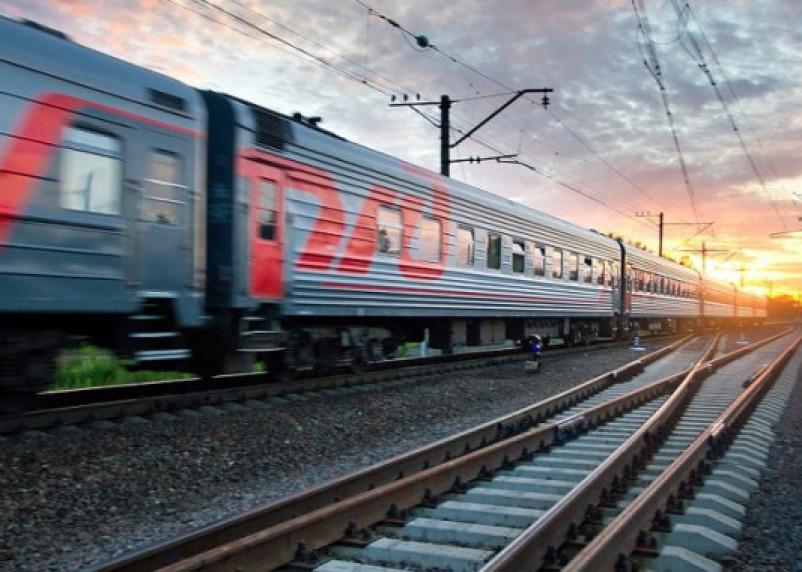 «Сидела спиной к составу»: поезд «Смоленск-Адлер» насмерть сбил женщину