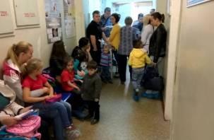 «Охамели вконец»: смоленский хирург выпроводил за дверь мать с грудным ребенком