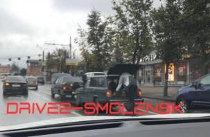 ДТП в центре Смоленска спровоцировало гигантскую пробку