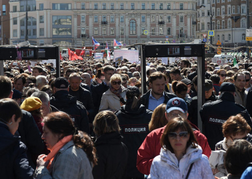В «Единой России» предложили ужесточить штрафы за участие в митингах
