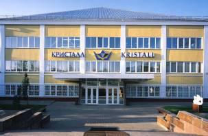 «АЛРОСА» будет поддерживать смоленский завод «Кристалл» три года