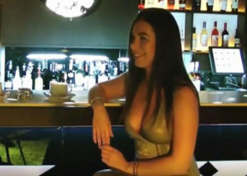 Российская порнозвезда вернулась на родину в Смоленск