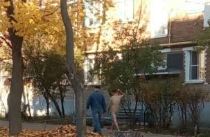 «Бегал и орал»: голый смолянин грелся в лучах октябрьского солнца
