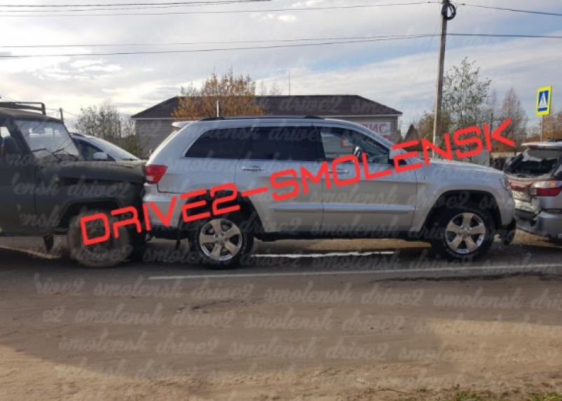 Движение затруднено. Тройное ДТП произошло на Киевском шоссе в Смоленске