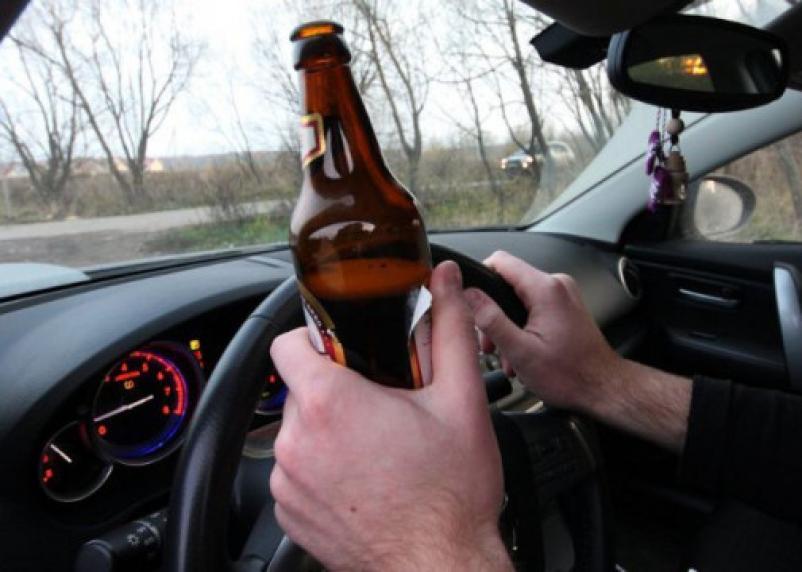 Пьяныйводительбез прав гонял по Смоленску