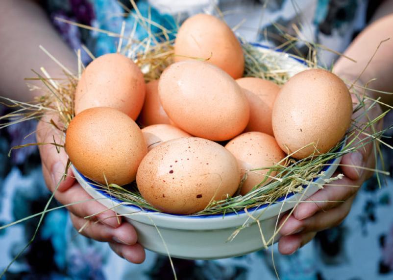 В Смоленске выросли цены на яйца и сахар
