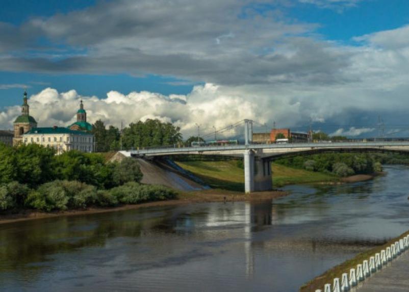 Смолян приглашают выбрать названия мостам через Днепр