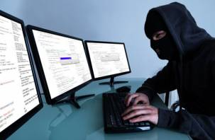 «Блокировщики» банковских карт обманули двух смолян на 360 000 рублей