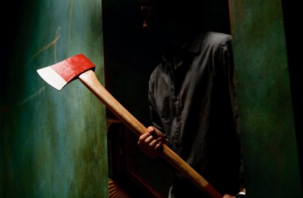 Грабитель с топором кошмарит рославльчан