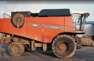 В России создан беспилотный сельскохозяйственный комбайн