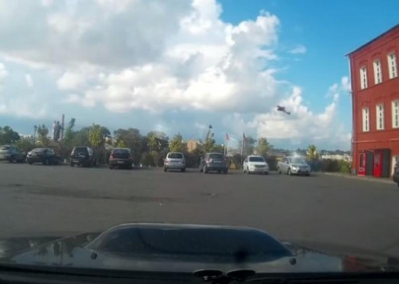 Дохулиганился. Транспортные прокуроры наказали пилота, пролетевшего под мостом над Днепром в Смоленске