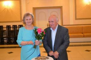 80-летняя смолянка вышла замуж в доме престарелых