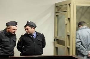 Смолянин проведет 14 лет в колонии за кражи в поездах
